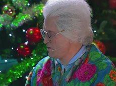 Бабки смотрят Пельменей - Оливьеды.